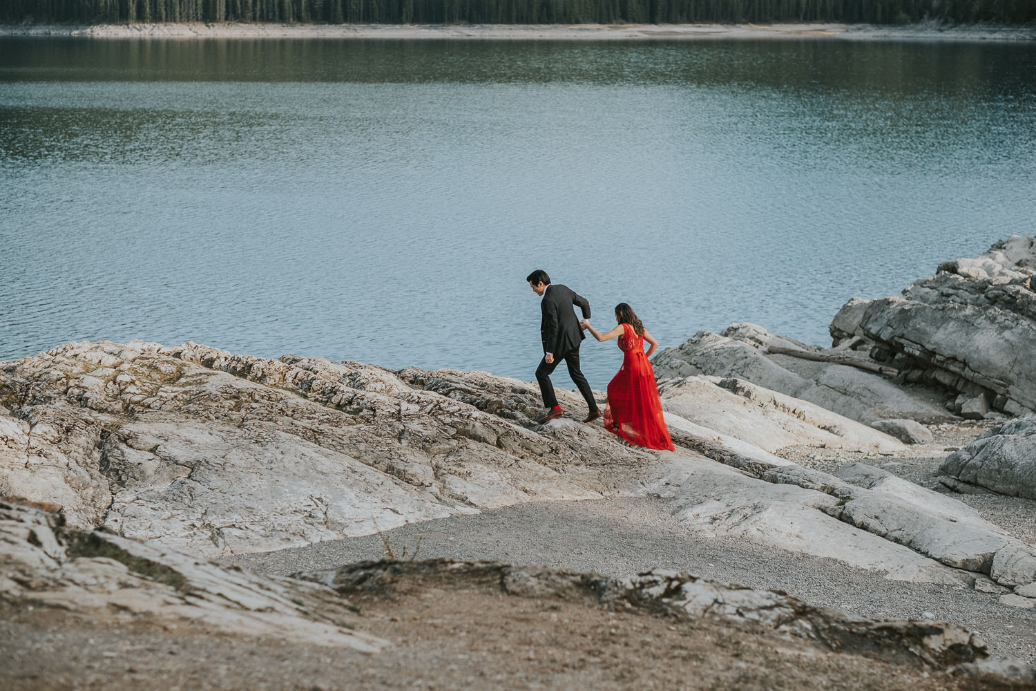 Lake Minnewanka Elopement