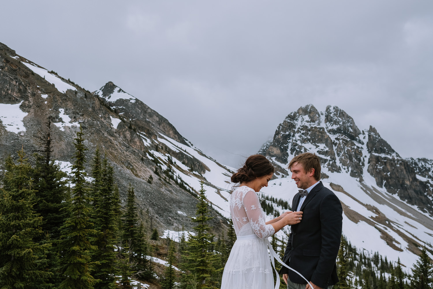 Banff Wedding Photographer Helicopter Wedding Marvel Pass-10015
