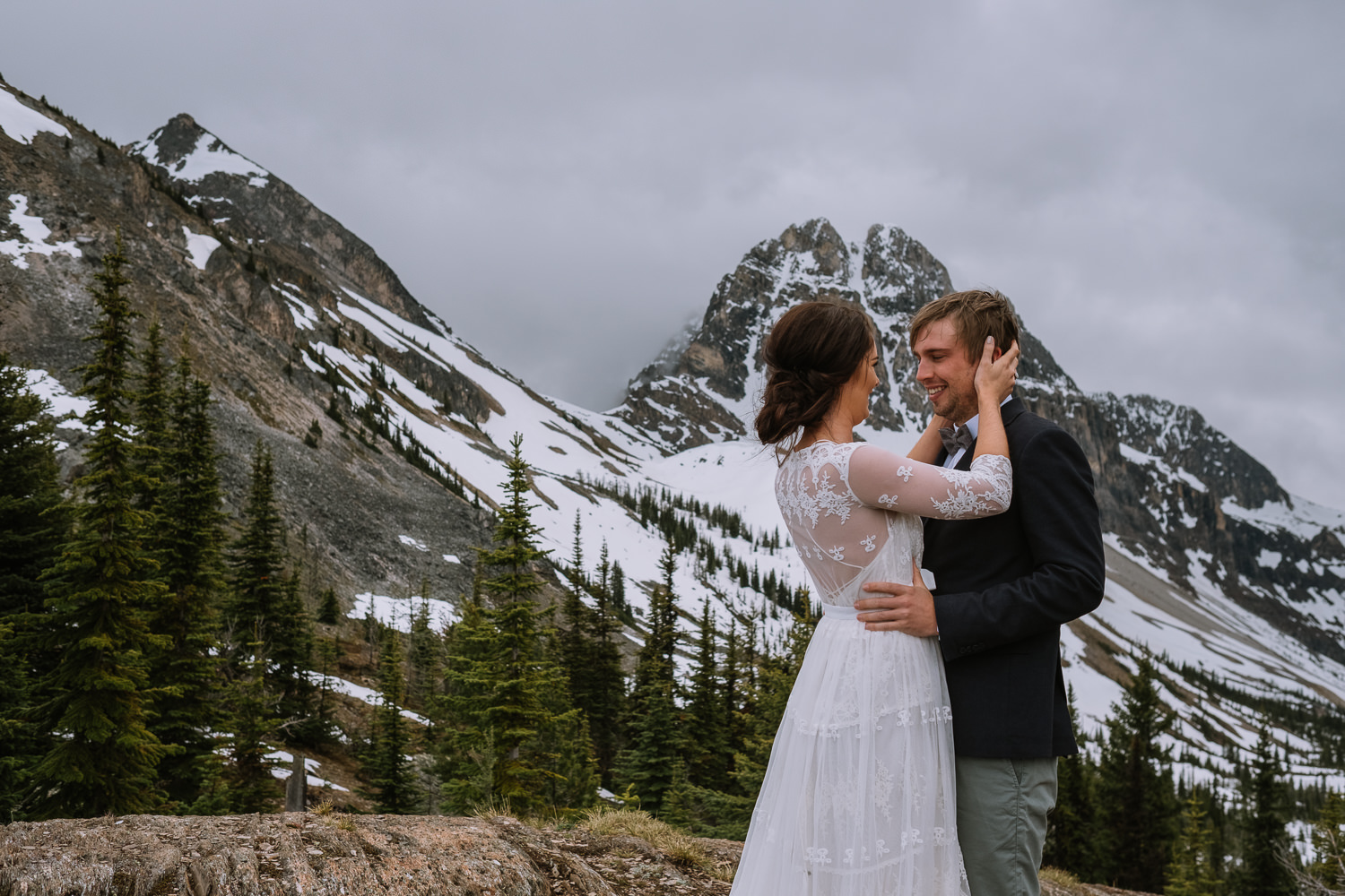 Banff Wedding Photographer Helicopter Wedding Marvel Pass-10018