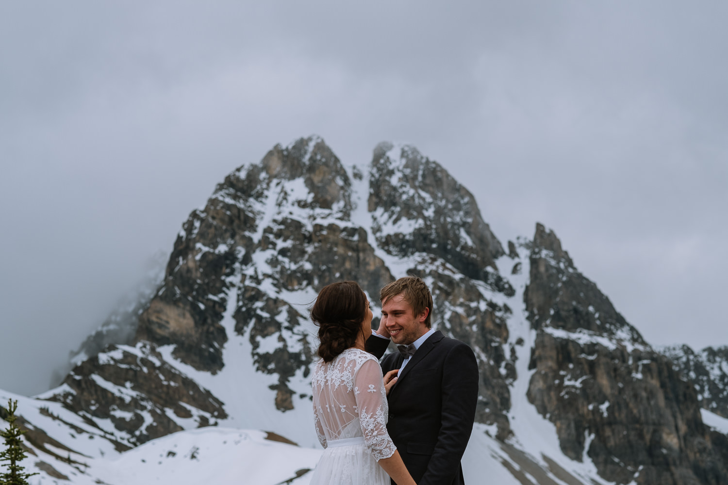 Banff Wedding Photographer Helicopter Wedding Marvel Pass-10020