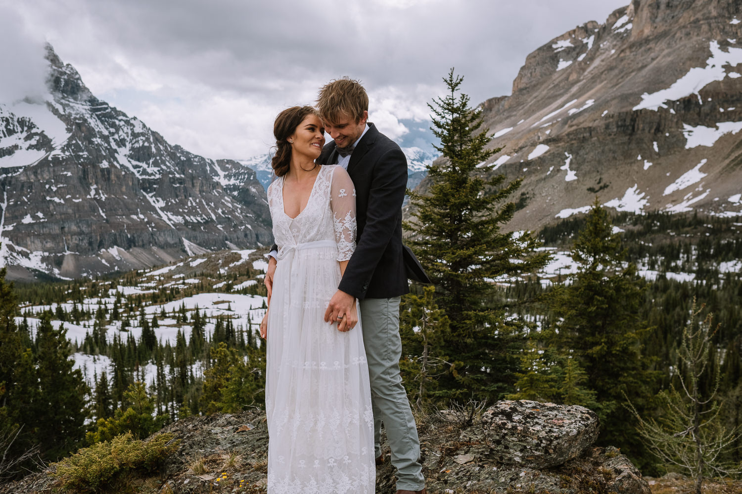 Banff Wedding Photographer Helicopter Wedding Marvel Pass-10057