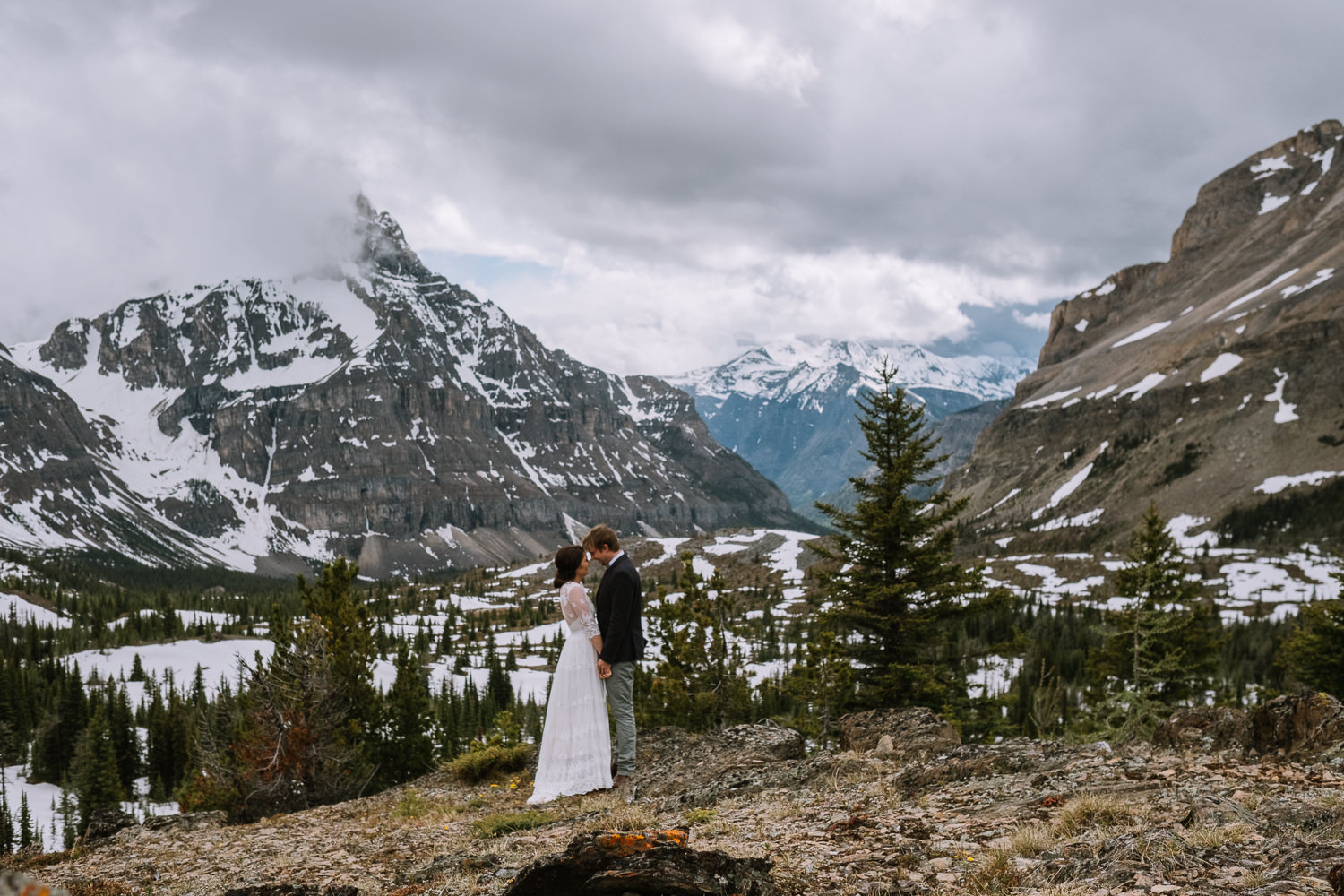 Banff Wedding Photographer Helicopter Wedding Marvel Pass-10062