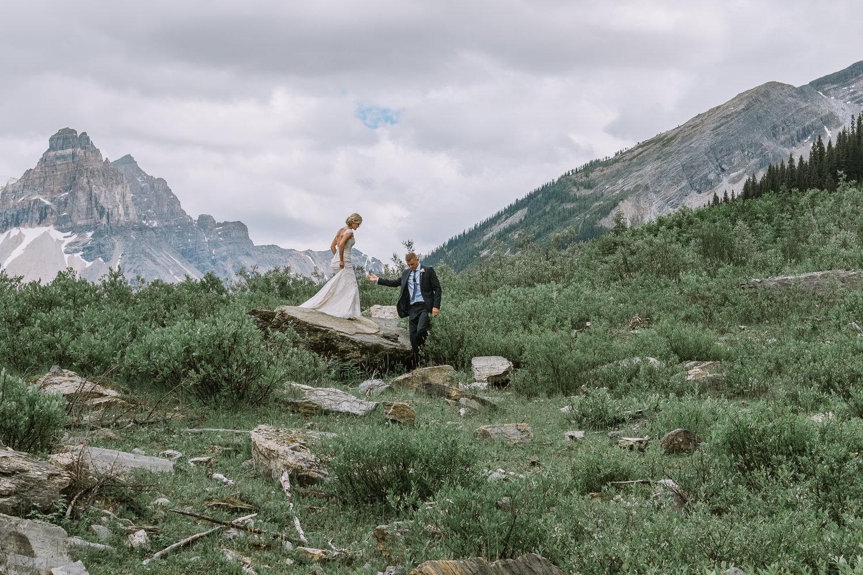 Emerald Lake Lodge Wedding Photography-10069