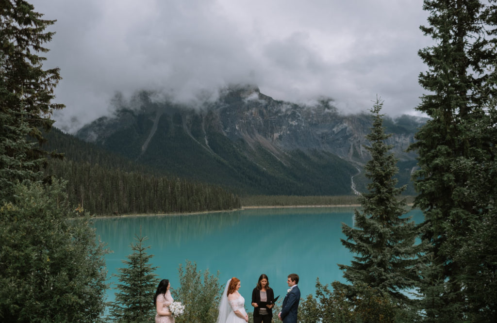 banff-wedding-photographer-emerald-lake-wedding-10013