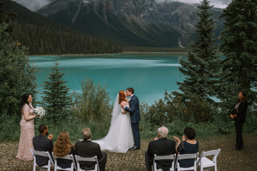 banff-wedding-photographer-emerald-lake-wedding-10023