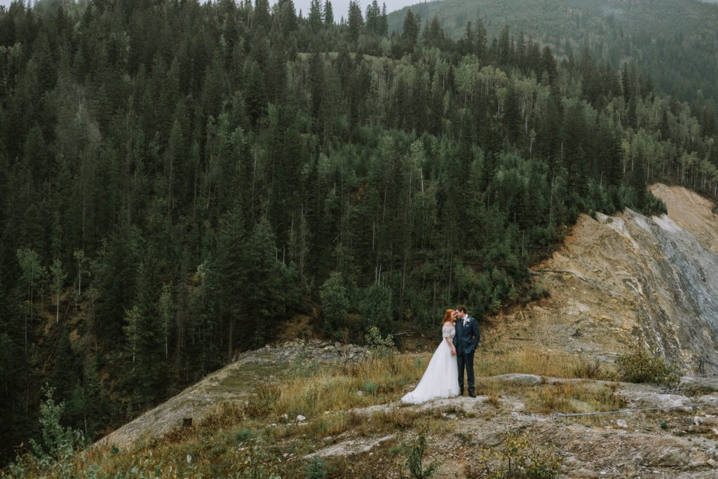 banff-wedding-photographer-emerald-lake-wedding-10047