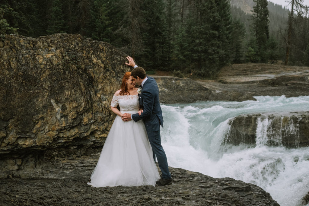 banff-wedding-photographer-emerald-lake-wedding-10057