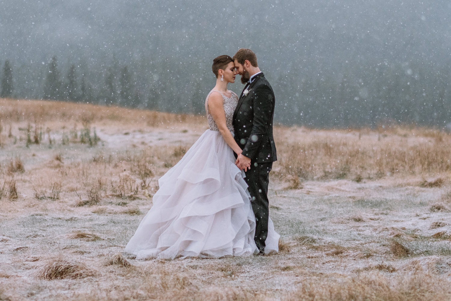 best winter wedding photography