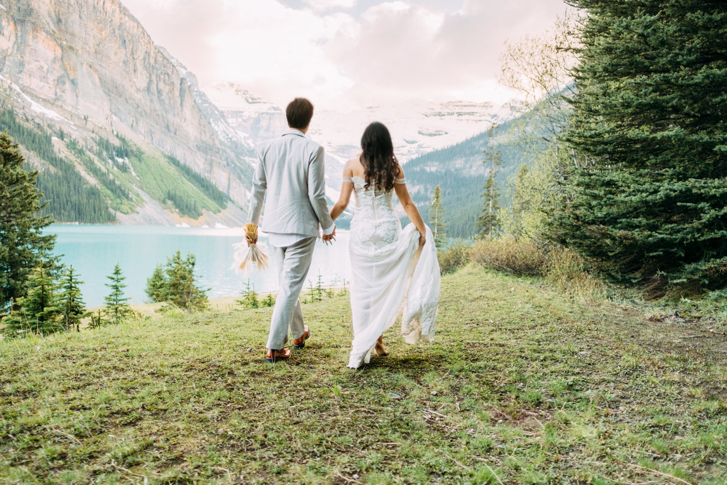 Sunset wedding photos at Lake Louise
